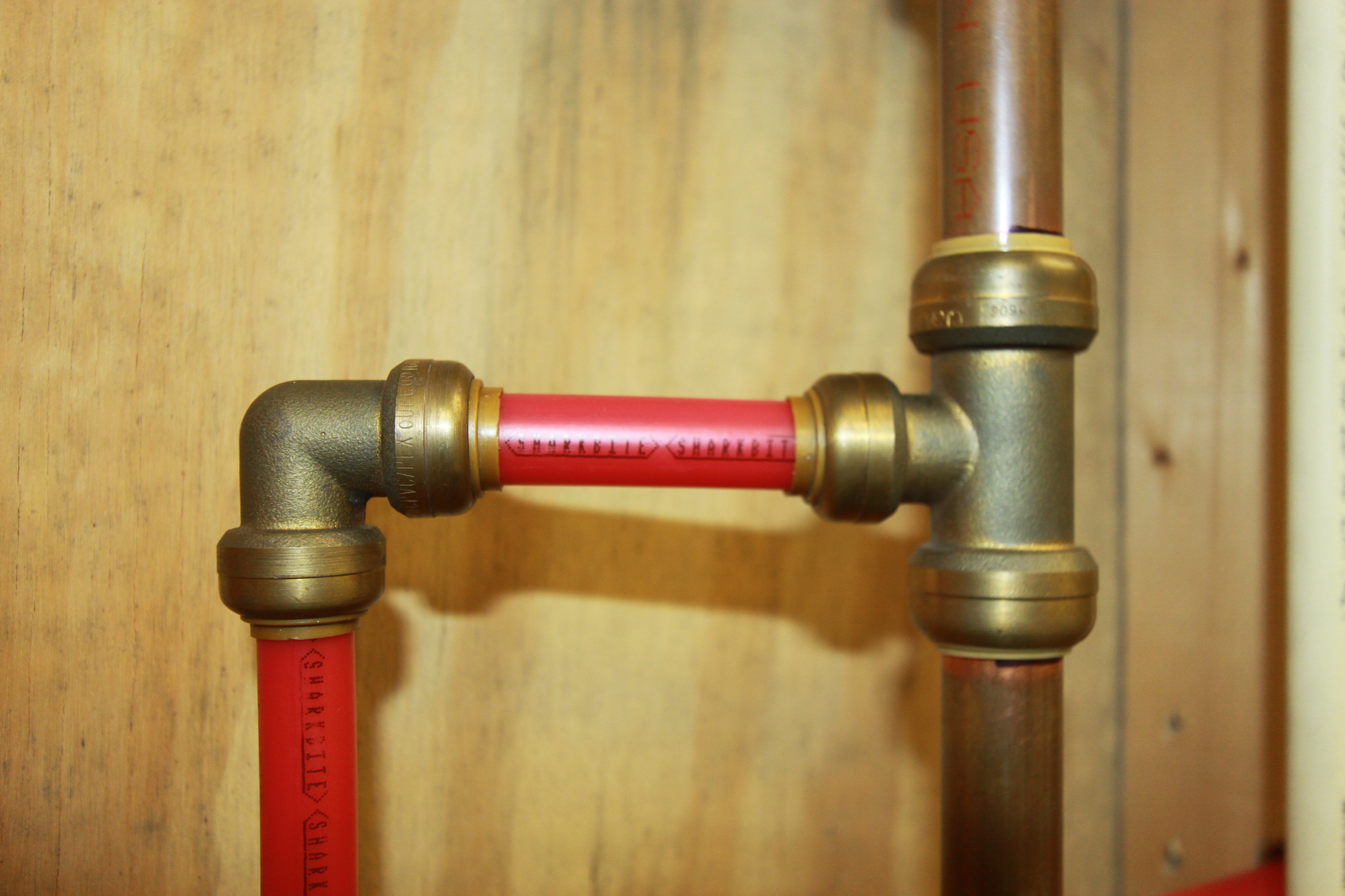 The problems with pex piping in 2016 the free engine for Plastic plumbing vs copper