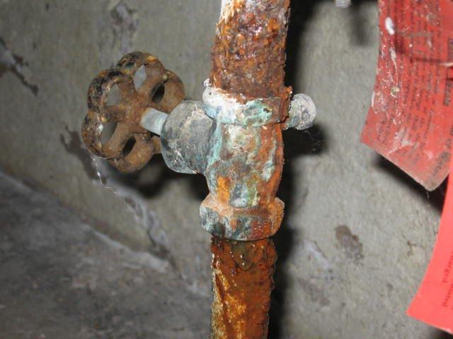 When Is It Time To Replace Your Home's Galvanized Pipes ...